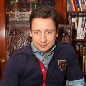 Александр Ковалев ава