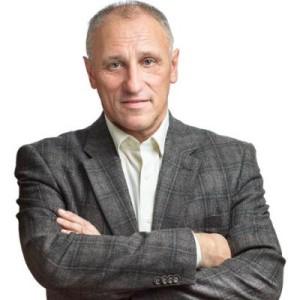 Пригласить бизнес-тренера Александра Аузана