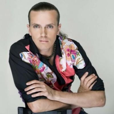 пригласить Арсения Попова